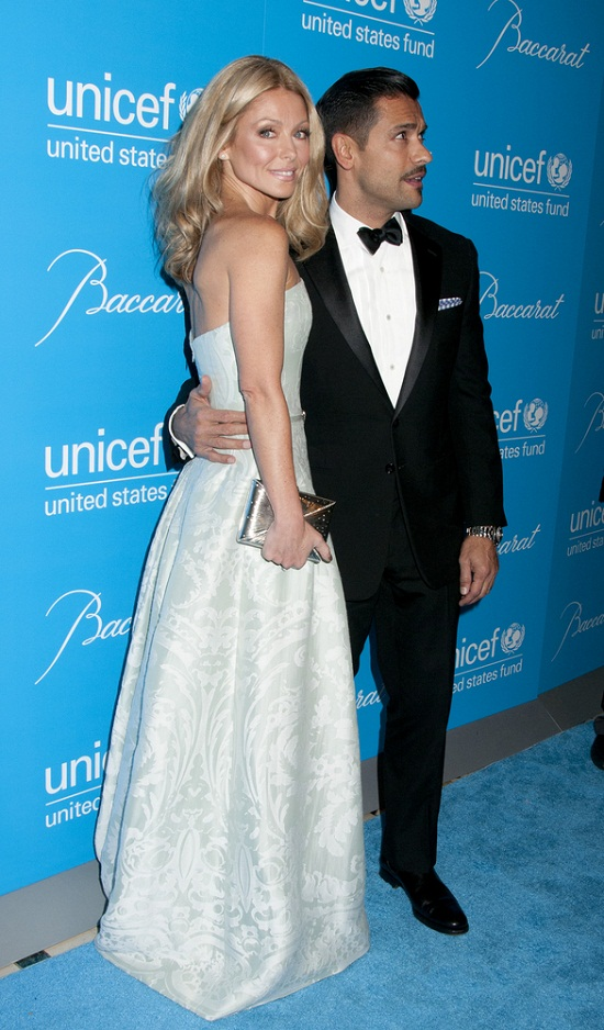 11/27/2012 - Kelly Ripa, Mark Consuelos - 9th Annual UNICEF Snowflake Ball