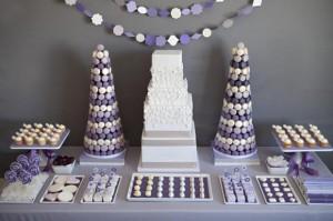 purple-white-gray-dessert-candy-buffet-display-580x386