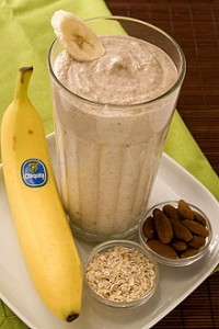 quick-Banana-Oatmeal-Smoothie-recipe-sm