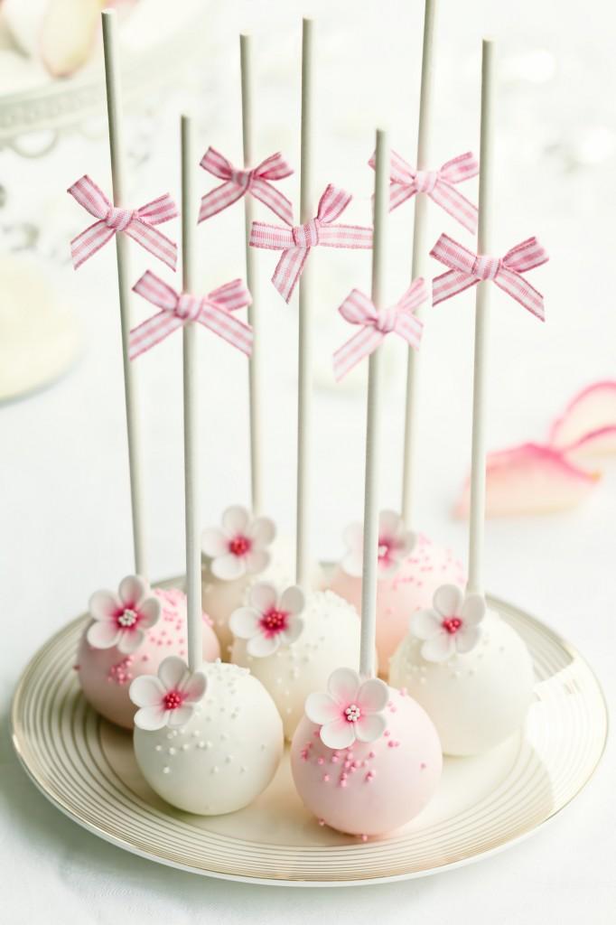cake pops for vday