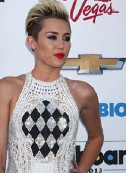 Miley Cyrus_Short_Hair