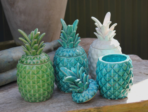 These colorful jars would make great flower pots too!