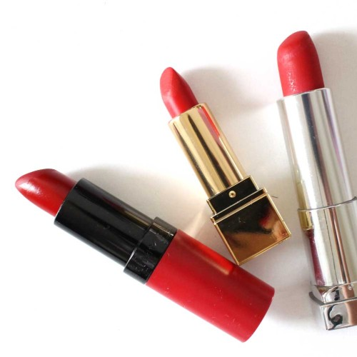 the-beauty-vanity-red-holiday-lips-3