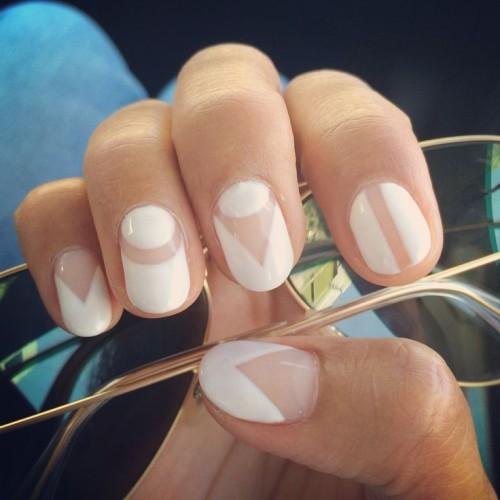 White Pin