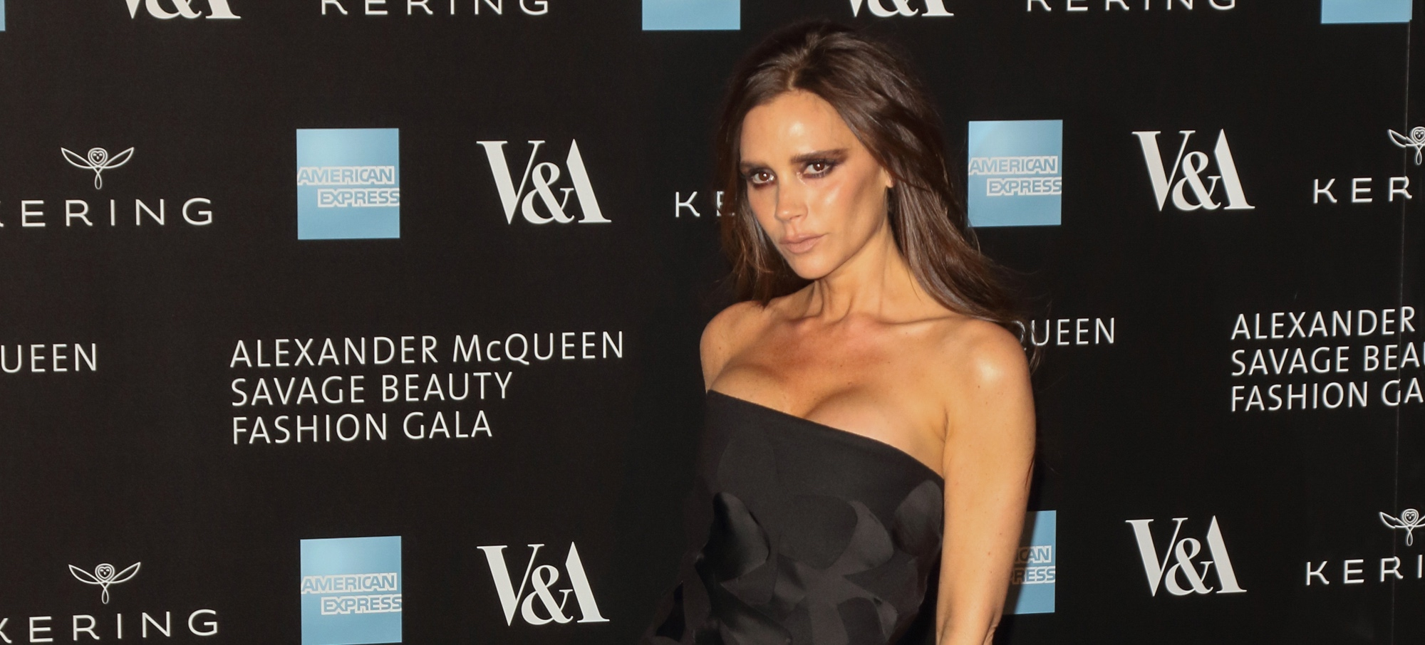 41 of Victoria Beckham's Best Looks In Honor of Her BDay
