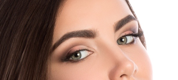 Eyebrow Wigs: They Do Exist and Aren't That Bad