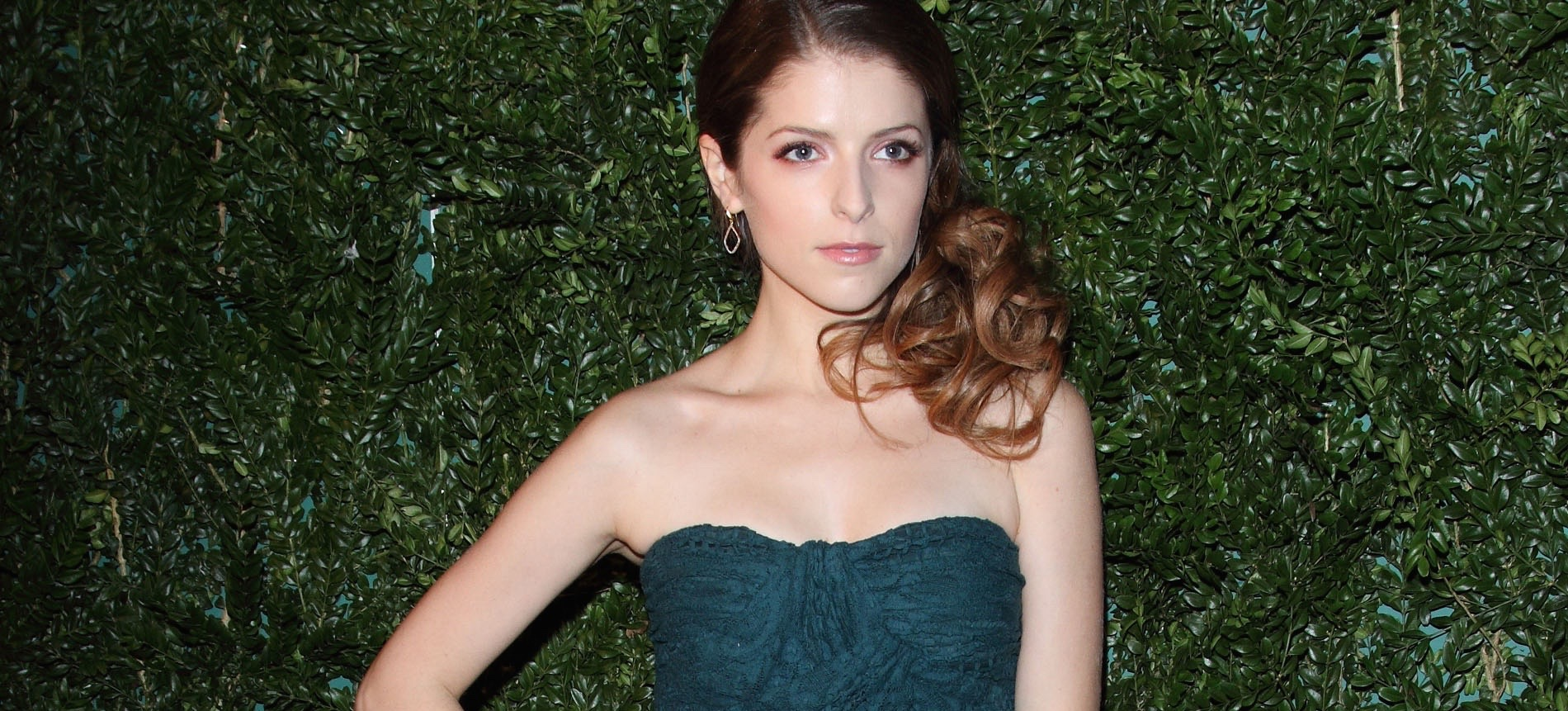 Anna Kendrick on Shower Thoughts, Gender Bias, and Turning 30