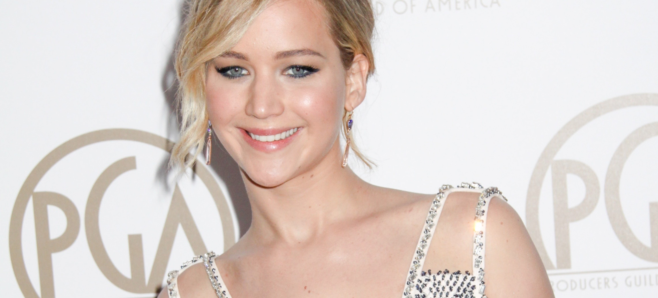 10 Celebs Share Inspiring Body Image Quotes