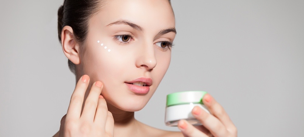 Your Guide to Eye Cream: The Best Product for Every Issue