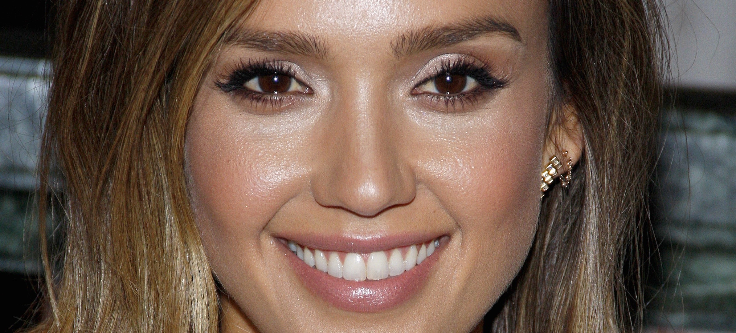 Your Guide to the Perfect Brow Shape Via 25 Celebs