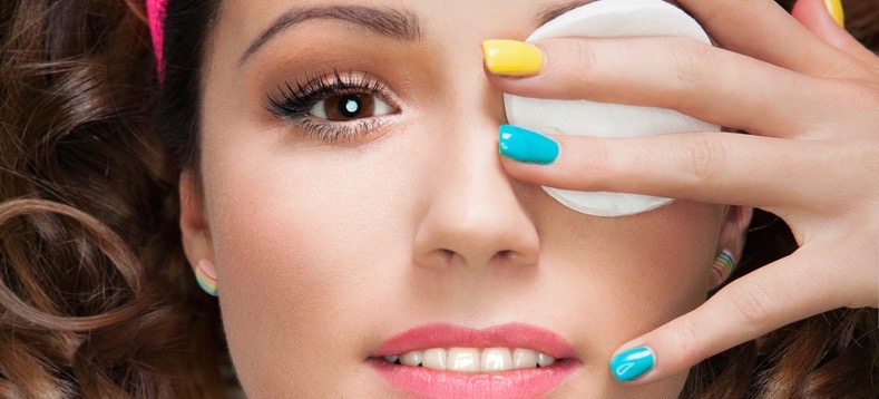 Removing Eye Makeup: You're Doing It Wrong