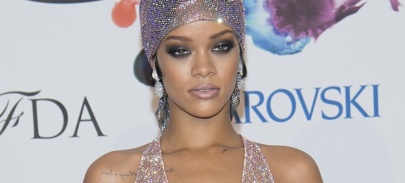 Rihanna is Launching an Accessories Line, Your Closet's Life is Complete