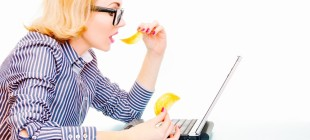 8 Tricks to Stop Mindless Snacking at Work