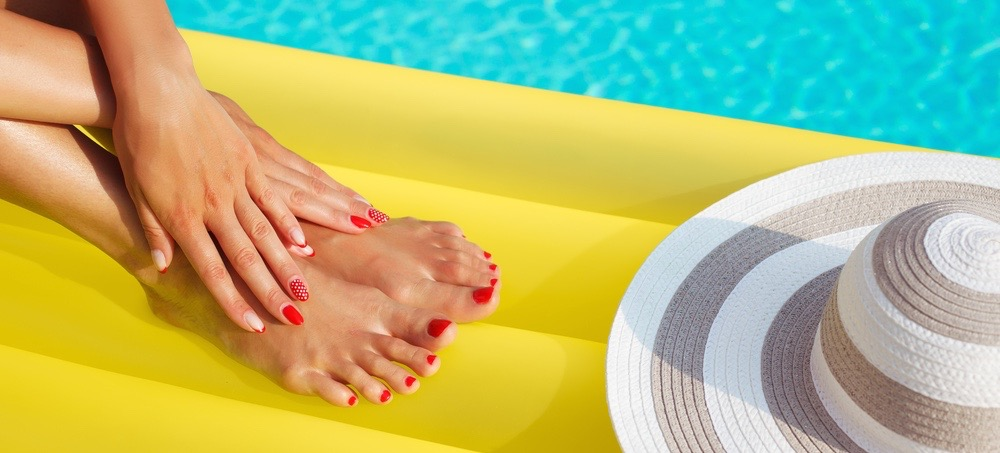 10 Nail Polish Colors That Will Make You Look Tanner