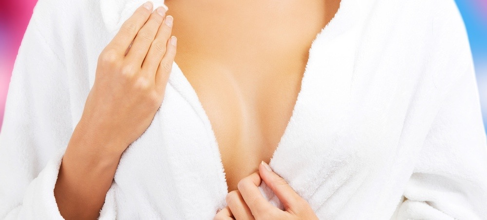 4 Ways to Keep Your Décolletage Wrinkle-Free