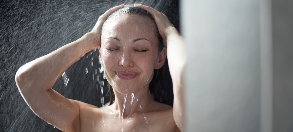 How to Go Multiple Days Without Washing Your Hair