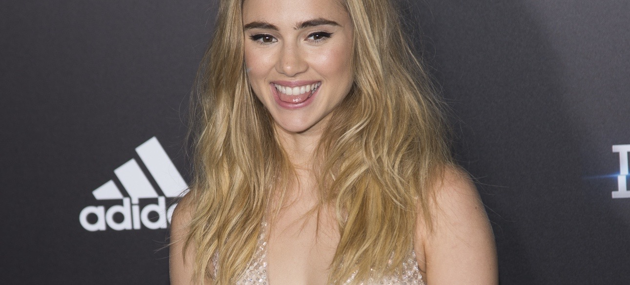 Brit Cool Girl Suki Waterhouse Shares Her Beauty Rules