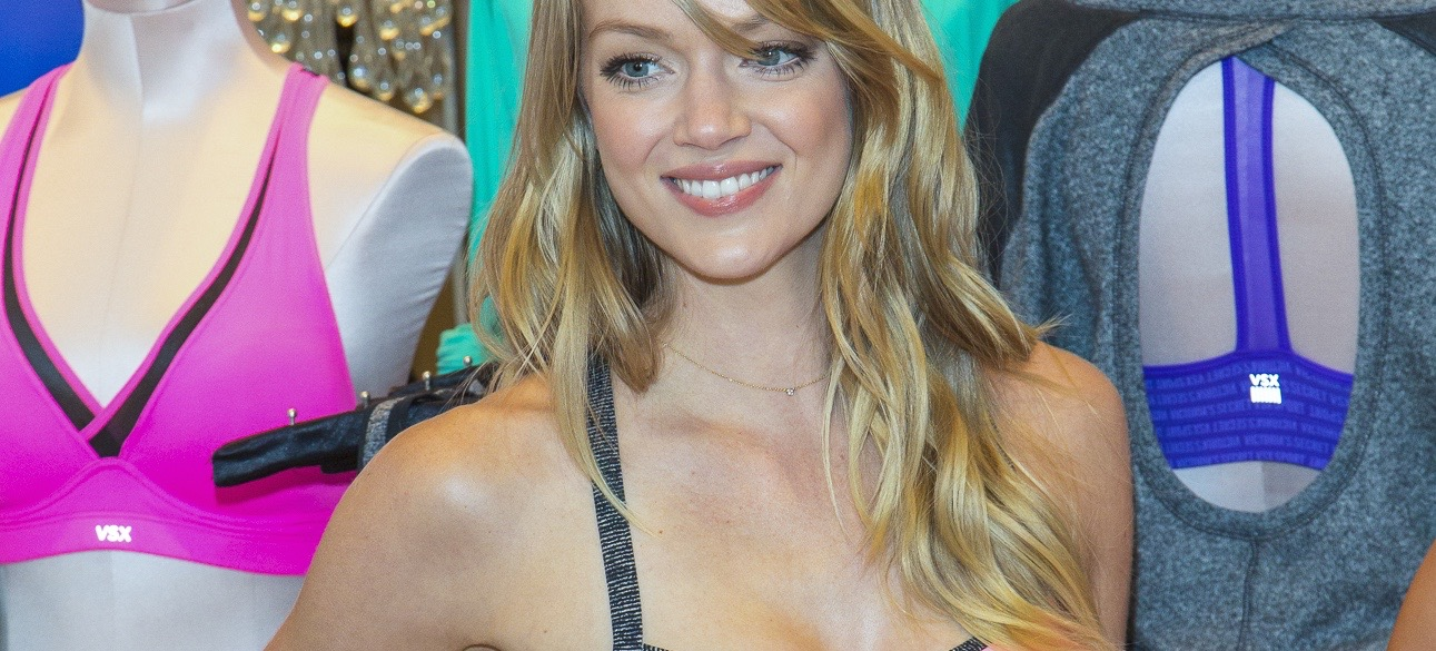 How Victoria's Secret Supermodel Lindsay Ellingson Stays Fit