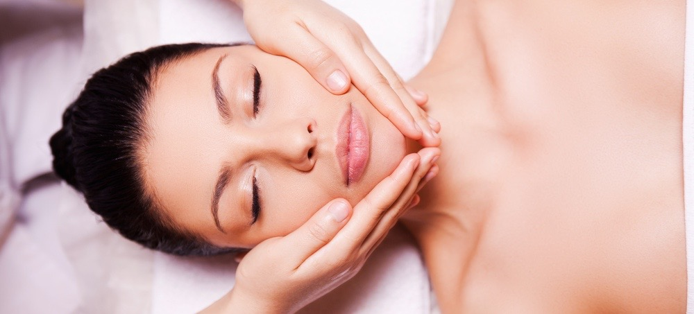 Look Younger Instantly With This Facial