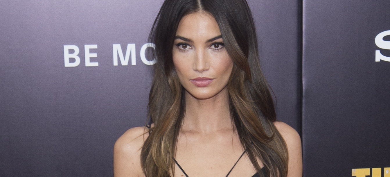 Lily Aldridge On Her Pre-Runway Diet, Weekly Face Mask, and More