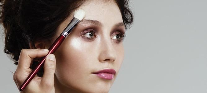 Game-Changing Tips From A Kat Von D Makeup Artist