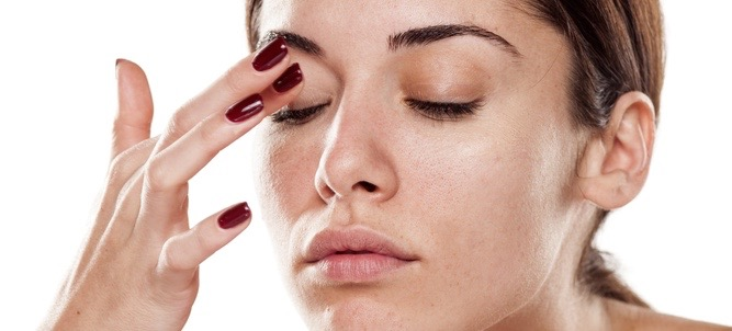 How To Conceal Dark Circles In 5 Easy Steps