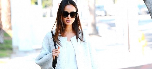 Jamie Chung's Dog-Walking Look Puts Us All To Shame