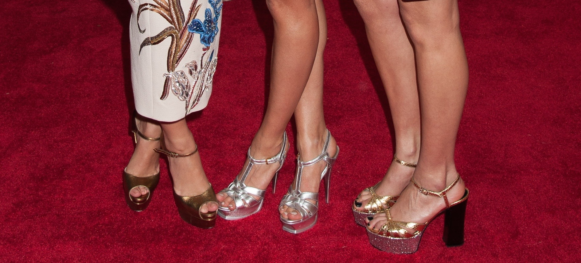8 Secrets for Wearing Heels Comfortably All Day Long