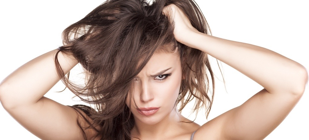 5 Reasons Your Hair Won't Grow (And How To Change It)