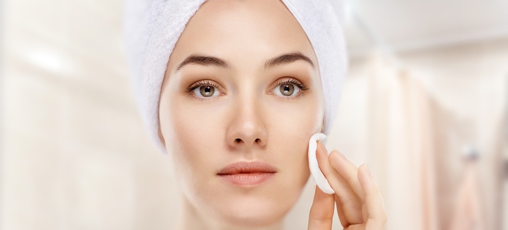 The Harmful Ingredient That's Drying Out Your Skin