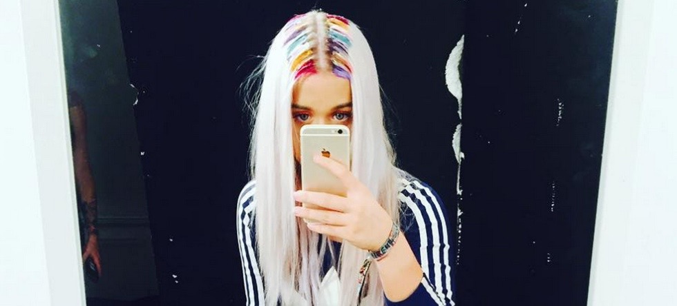 Rainbow Roots: The Crazy-Cool New Hair Trend