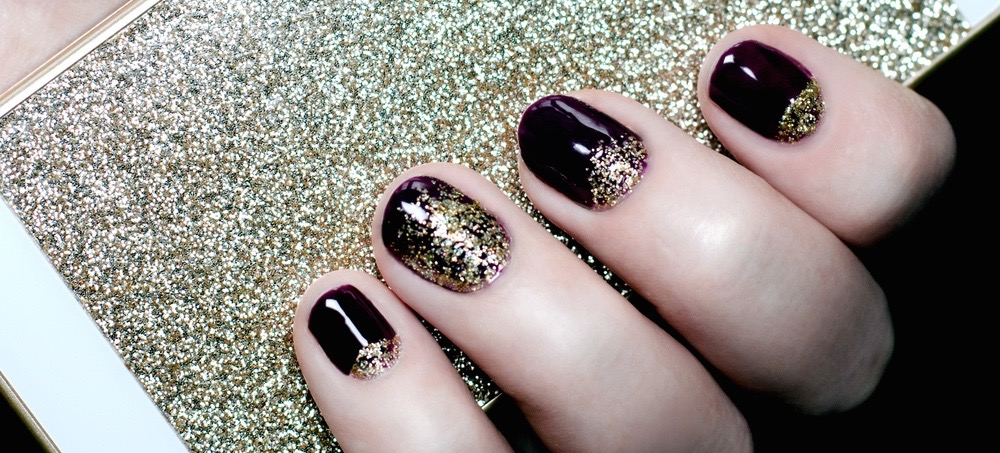 7 Tips For Removing Glitter Nail Polish