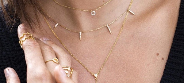 Dainty Gold Jewelry That Looks Expensive But Isn't