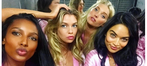 This $9 Blush Is Behind The Victoria's Secret Angel's Rosy Glow
