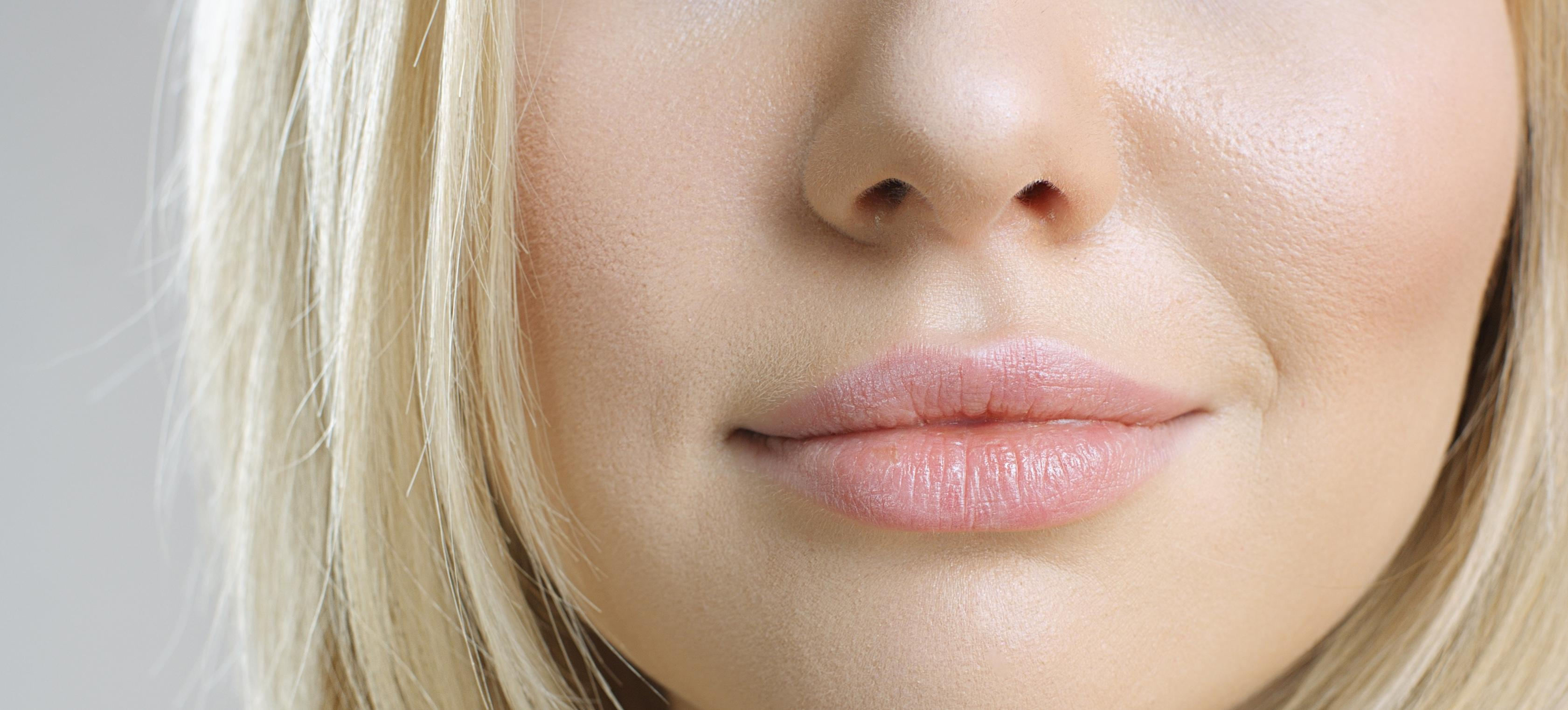 Lip Oil: The Next-Level Cure For Chapped Lips