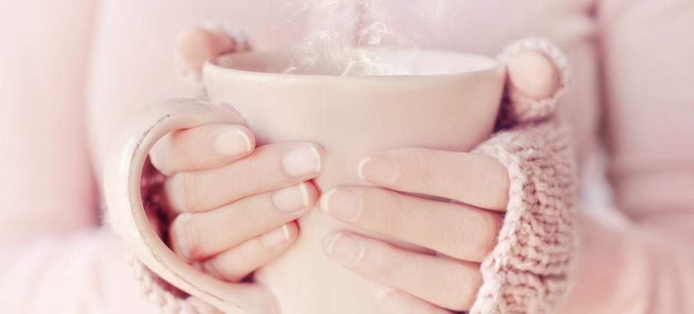 5 Warm Detox Drinks So You Can Cleanse The Cozy Way