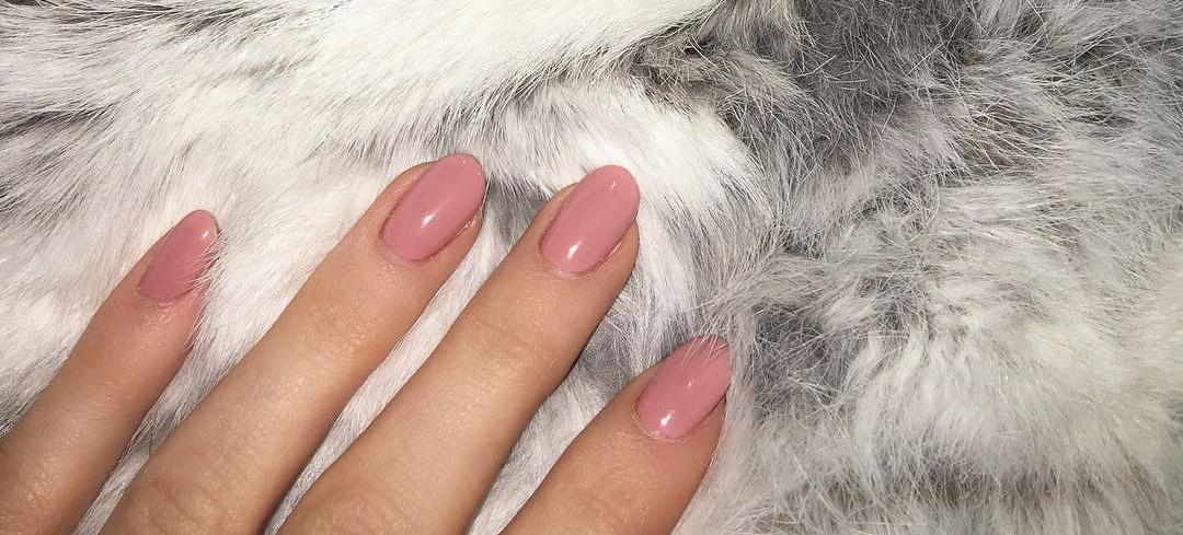 Kylie Jenner Ditches Acrylics: Here's How She Can Nurse Her Nails Back To Health