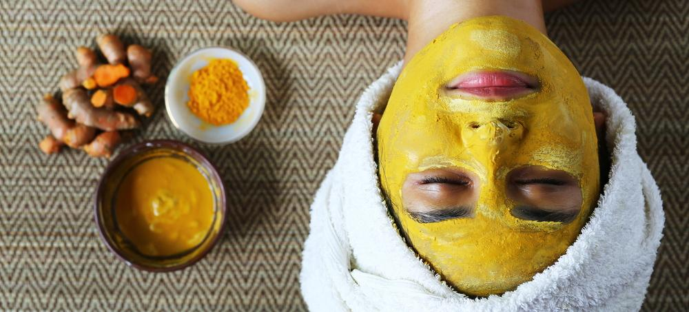 Why You Need To Use Turmeric In Your Beauty Routine (And 6 Ways To Do So)