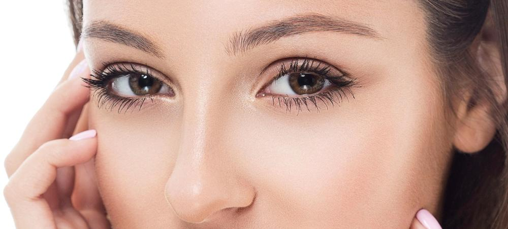 4 Sneaky Ways To Fake Thicker Brows