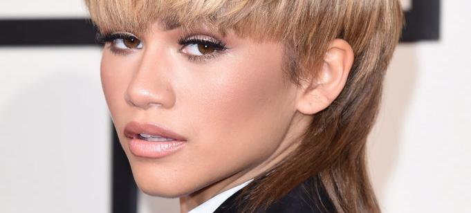 Every Product Zendaya Used To Do Her Own Grammys Makeup