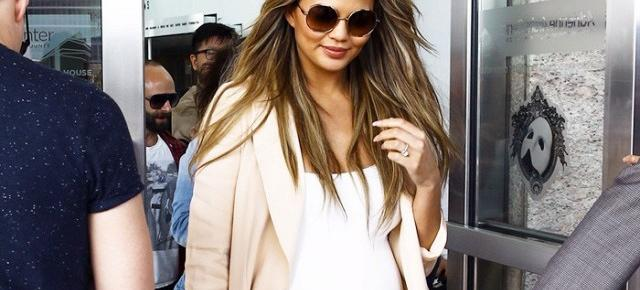 Naturally, Chrissy Teigen Has The Chicest Maternity Style EVER