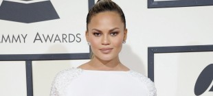 The Beauty Ritual That Always Makes Chrissy Teigen Late
