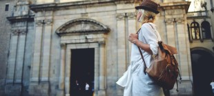 10 Things Every Traveler Should Own